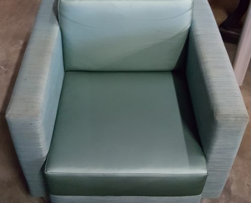 Common Sense Office Furniture carries the largest variety of new and used lounge chairs in Orlando.